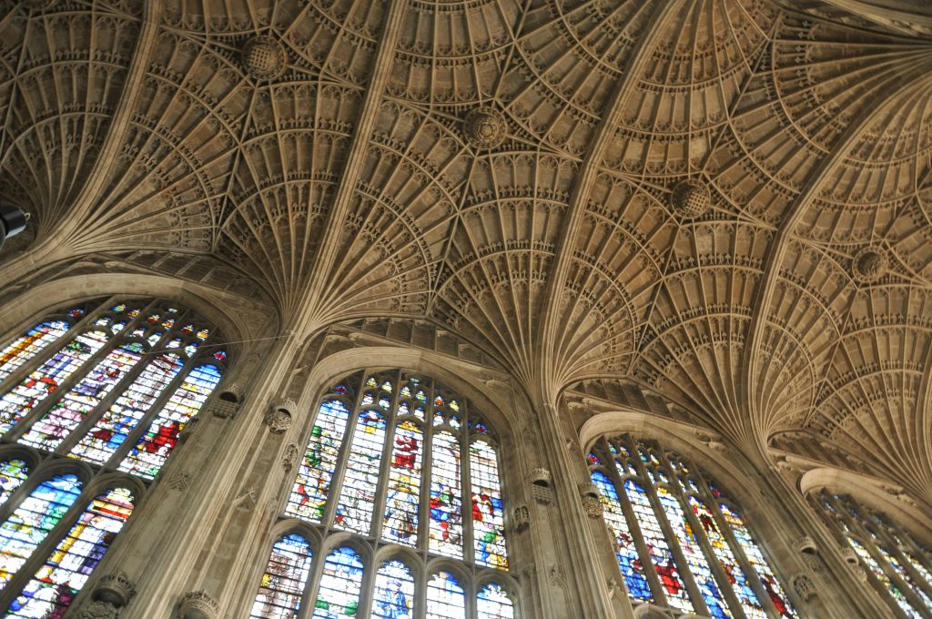 Cambridge_Kings_College_Chapel_ceiling_003