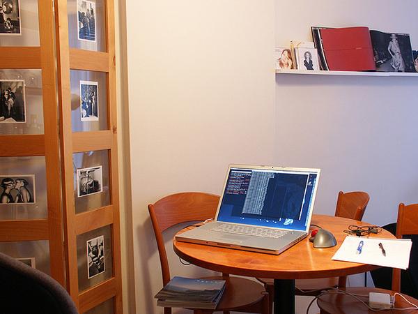 How-maitain-your-creativity-working-home-1