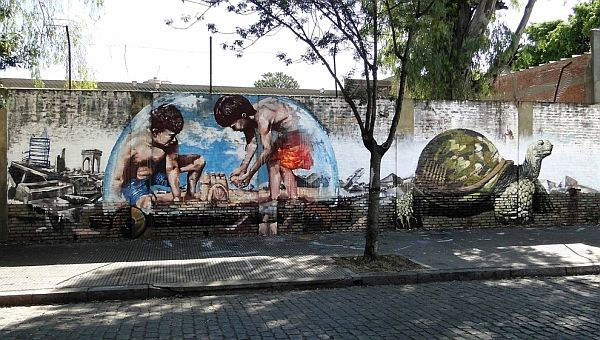 Mind-Blowing-Pieces-of-Street-Art-from-Around-the-World-1