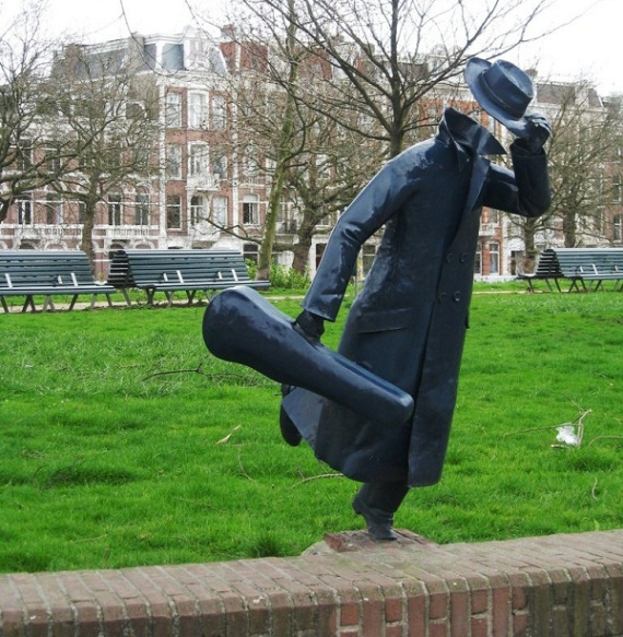 9-unusual-and-creative-sculptures-and-statues-8